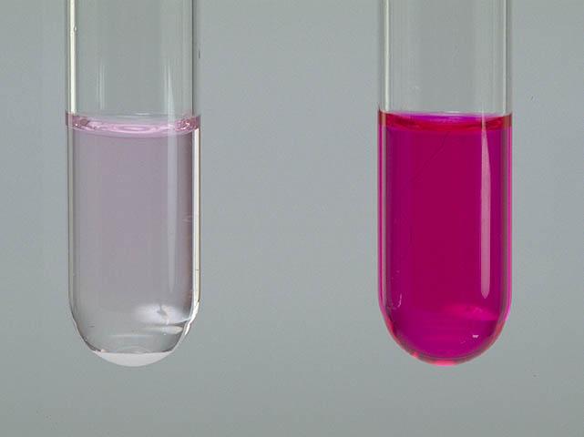 フェノール フタ レイン 溶液 色 の 変化